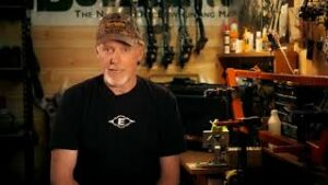 Read more about the article Tips For Travel While Bowhunting – Bowhunter Basecamp – YouTube
