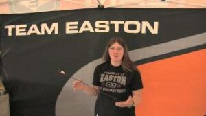 Read more about the article Team Easton's Cara Fernandez loves her A/C/E arrows for 3D – YouTube