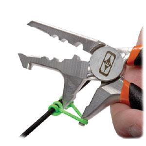 Tying D - Loop with D-Loop Pliers Step 3