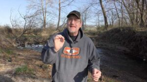 Read more about the article Upping Your Whitetail Game – Tips For Whitetail Hunting