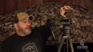 Read more about the article Filming Your Own Hunts – Bowhunter Basecamp – YouTube
