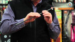Read more about the article Easton Archery Experts – Arrow Diameter – YouTube