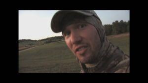 Read more about the article John Dudley Hunt with Easton Tracer Nocks – YouTube